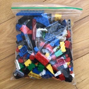 $10 bundle item💐 350+ LEGO pieces